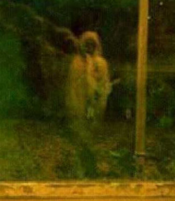 Real scary ghost photos and creepy paranormal pictures caught on film